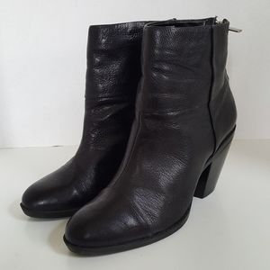 Bandolino Black Leather Ankle Boots Booties 7.5M